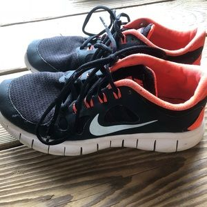 Nike 6 youth.
